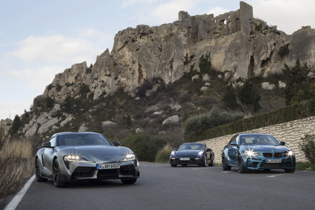 GR Supra vs Cayman GTS vs BMW M2 : Head-to-head competition with rivals!【Video Report】