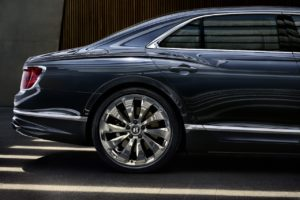 - GQW_flyng Bentley Flying Spur (17)-min