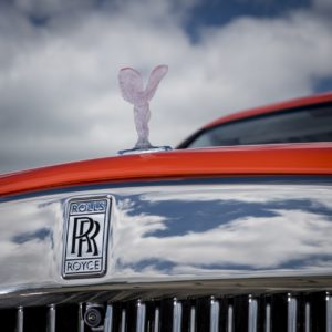 - GQW_Rolls-Royce_Cullinan_in_Fux_Orange_Quail_082014-min