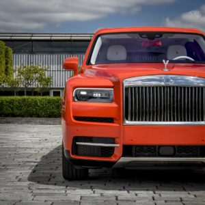 - GQW_Rolls-Royce_Cullinan_in_Fux_Orange_Quail_082016-min
